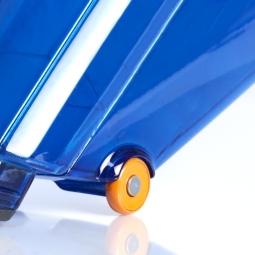 L'objectif des roulettes anti-rayures est simple : elles soulagent mains et bras. Cela ne rend pas seulement le Rapido facile à utiliser et à manoeuvre, mais les nouveaux roulettes douces protègent les surfaces de toute égratignure. Des miettes sur le torchon ? Pas de problème : Rapido nettoie les torchons rapidement et facilement car les roulettes permettent d'éviter que les textiles ne soient aspirés.